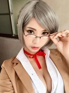 台湾美女玩家性感秀 皮卡丘比基尼