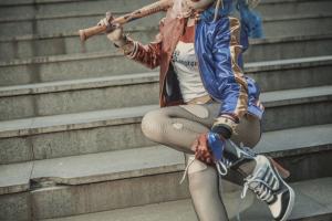 自杀小队cosplay奎茵图集